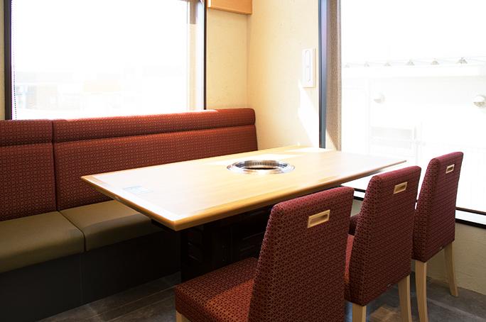 椅子+ソファー席/6名